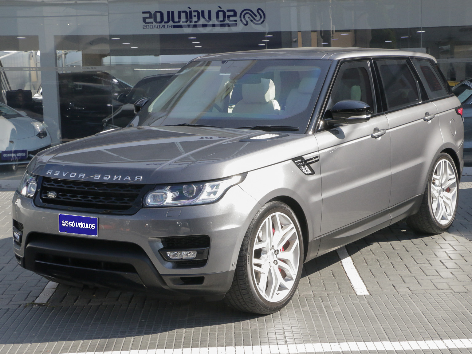 Range Rover Sport HSE Autobiography